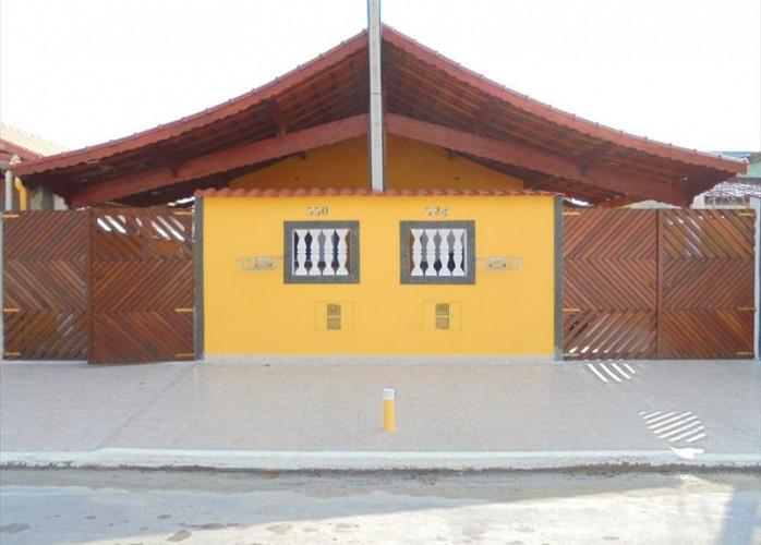 Casa nova 150 metros da praia,  a venda em Mongaguá
