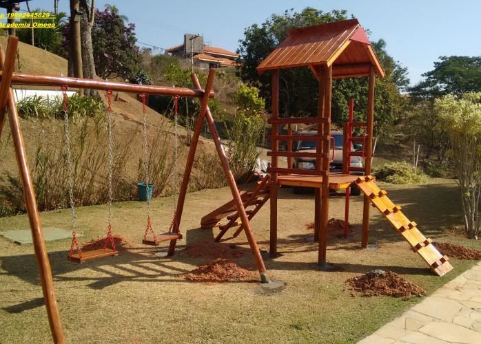 Escorregador infantil Playground infantil Casinha de Tarzan de Eucalipto Tratado R$ 3.499 instalação 349 Frete sob consu