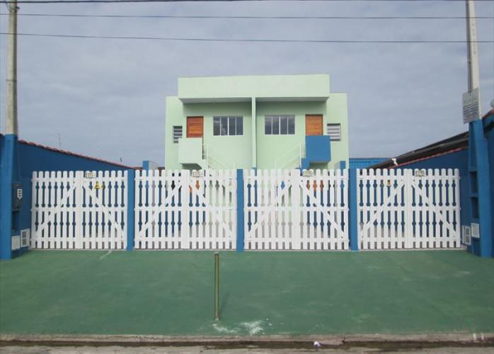 Vende casa em Itanhaém para financiar, com Escritura registrada.