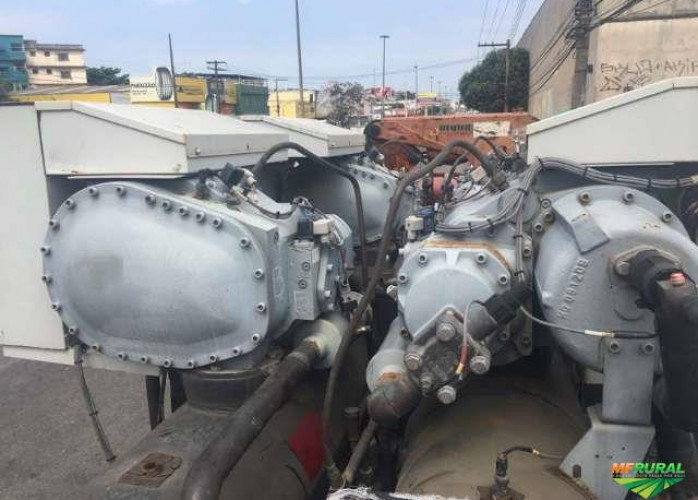 CHILLER 215 TR CARRIER - 30HXC 190 - R 134 a Marine offshore (Cód. 307165)