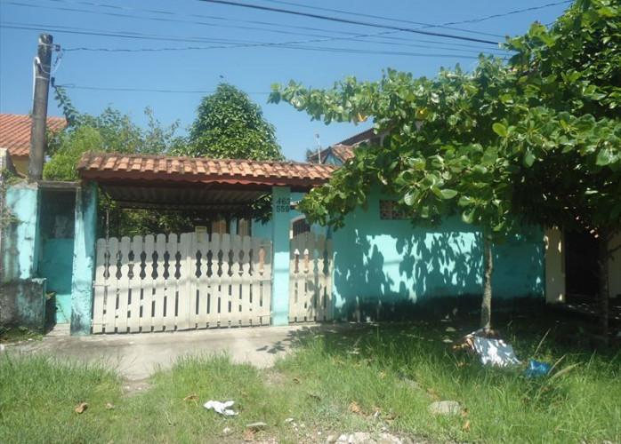 Vende casa edicula, em Itanhaém com garagem para vários carros!