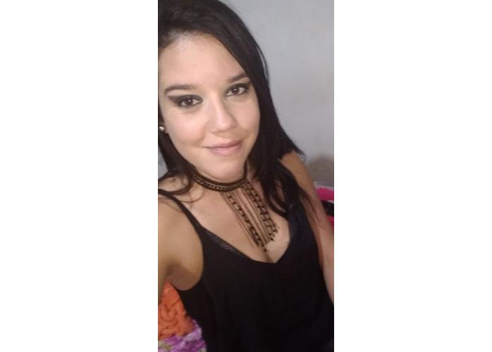 Camila Medeiros