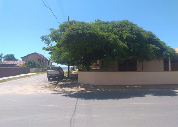 Casa na praia de  Itapoá SC por apartamento em Guaratuba - permuta