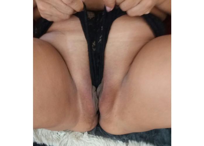 Garganta profunda louca pra engolir sua pica dura com anal guloso