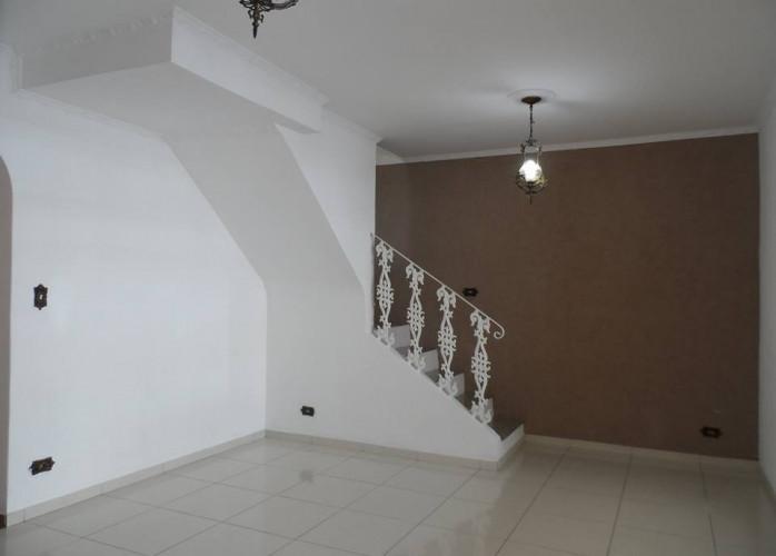 Sobrado 3 Dormitórios com Edícula 176 m² em Santo André - Jardim Santa Cristina.