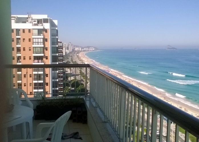 Vendo Cobertura Duplex Frontal Mar na Barra da Tijuca