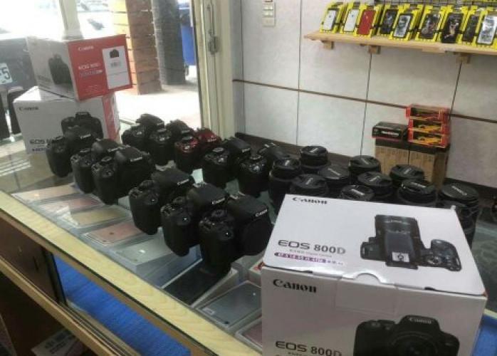 Canon EOS 5D, Nikon D3
