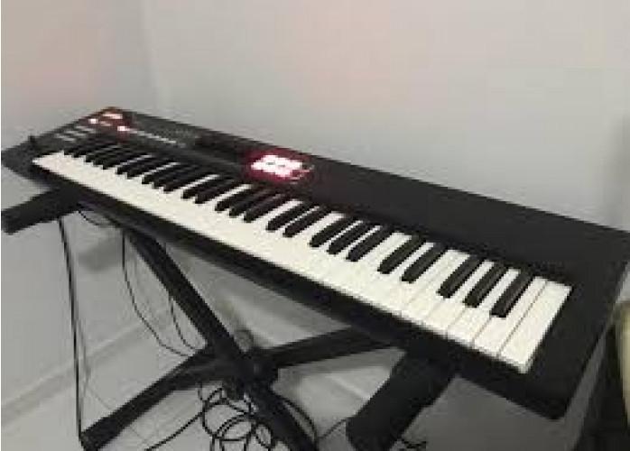 Teclado sintetizador roland xps 10 novo com garantia
