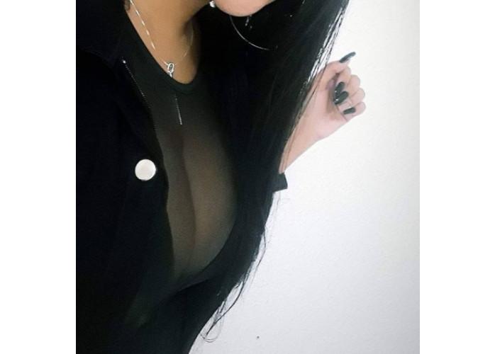 Sua garota ideal acaba de chega na região e×clusiva pra homens que adoram um sexo completo