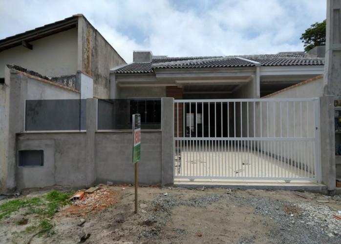 CASA NOVA – BALNEÁRIO BRASÍLIA - 200 METROS DA PRAIA – ITAPOÁ SC