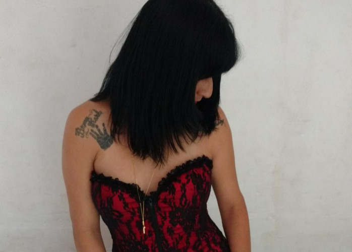 morena sensual