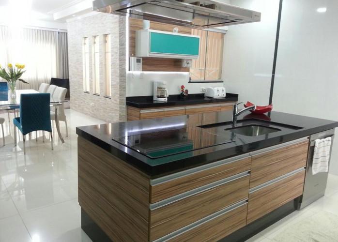 Linda Casa Assobradada 200 m² em São Caetano do Sul - Bairro Nova Gerty.