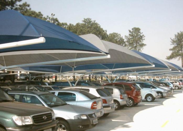Estacionamento no Centro de São Paulo, Próximo à Santa Ifigênia.