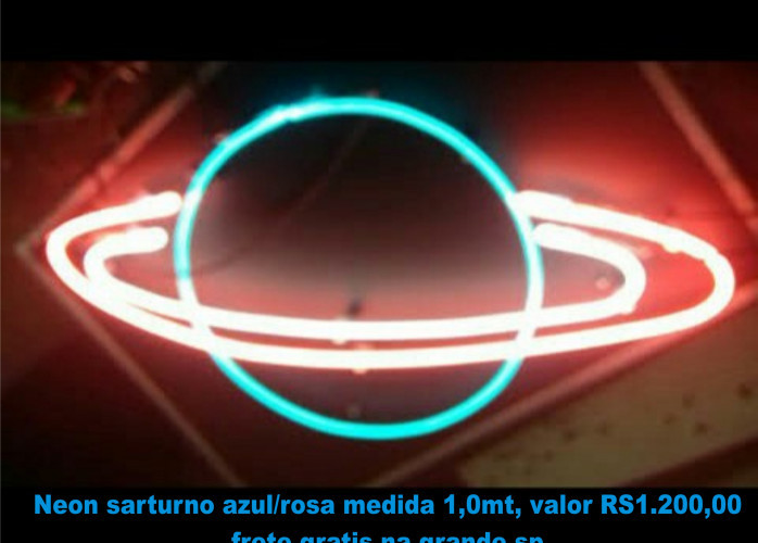 decoraçao saturno em neon