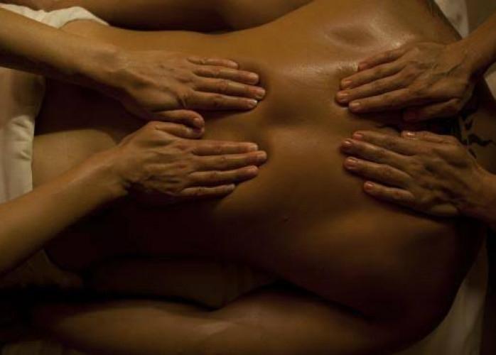Massagem a 4 Mãos