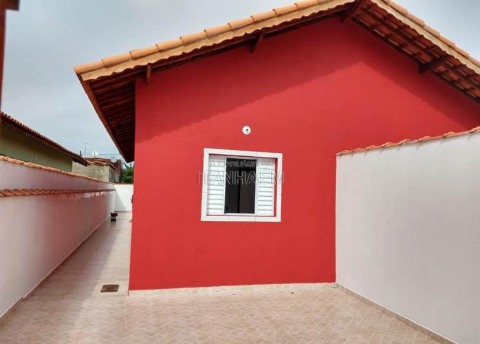 Vendo Casa em Itanhaém com Lindo Acabamento.
