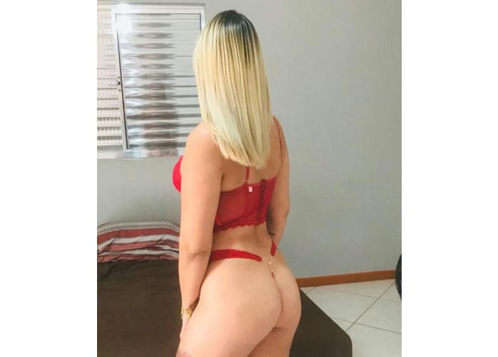 Melissa loira Gostosa com promoção rapidinha 50 reais .