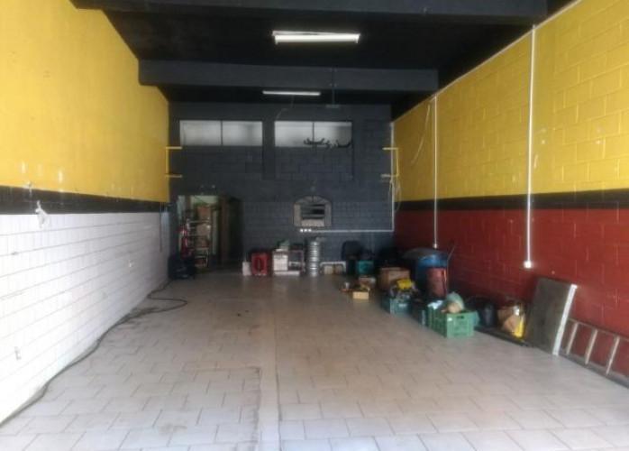 Salão Comercial 223 m² em Santo André - Vila Luzita.