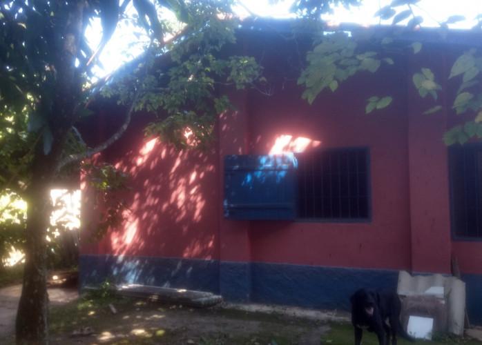 Vende-se Chácara de 1204M² com Edicula