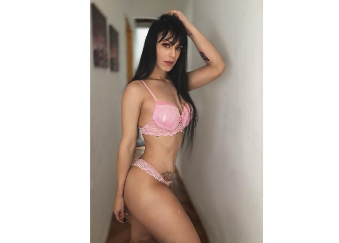 Manuelly trans novinha