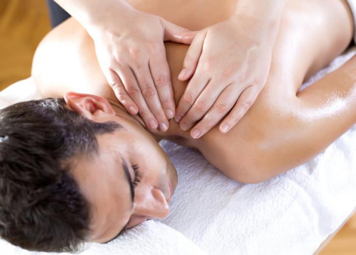 Venha fazer uma massagem e saia com as energias renovadas.