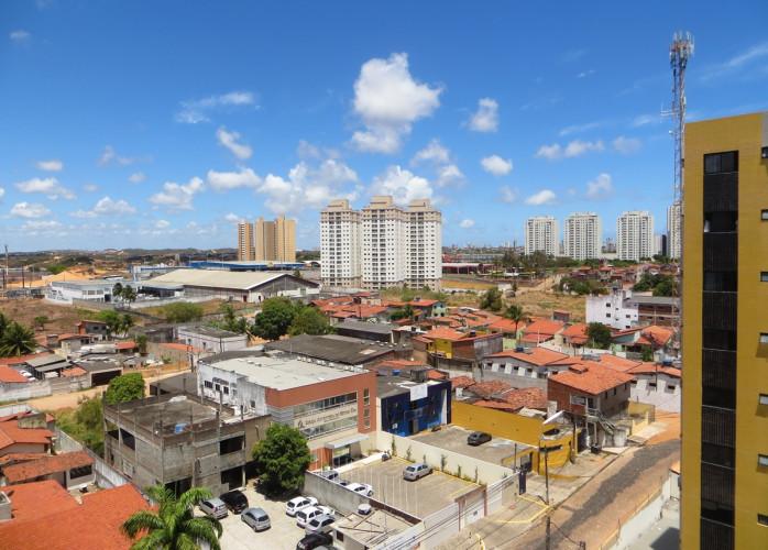 Aluguel de apartamento, 77m, 3 suítes, andar alto, Nova Parnamirim, RN