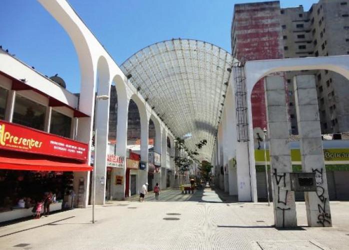 Ponto Comercial no Calçadão Oliveira Lima, Centro de Santo André.