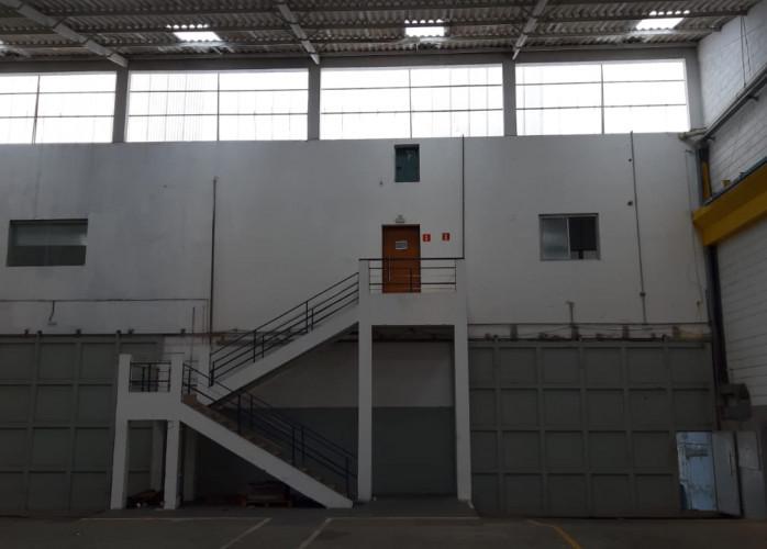 Galpão Industrial para Locação 1.200 m² em São Caetano do Sul.