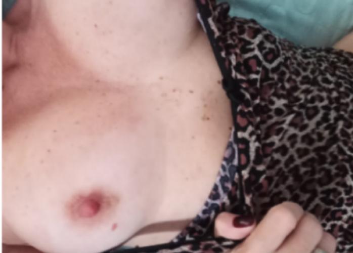 Sou Estilo Namoradinha, Realizo Fantasias, Faço Massagem Relaxante Sensu e Adoro Um Delicioso Sexo! Venha relaxar.