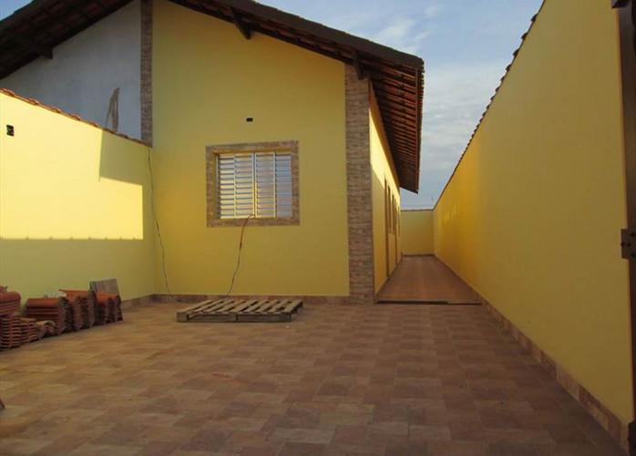 Casa a venda na praia, imóvel em Itanhaém.
