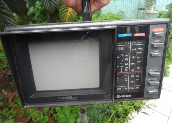 radio tv antigo