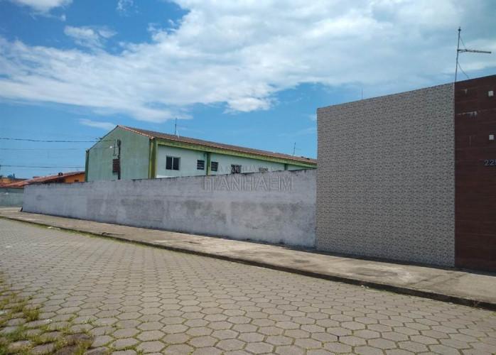 Apartamento a venda em Itanhaém, aceita financiamento.