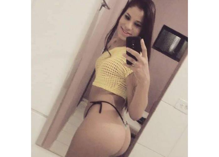Ingrid novata com local promoção 100 reais uma hr completo