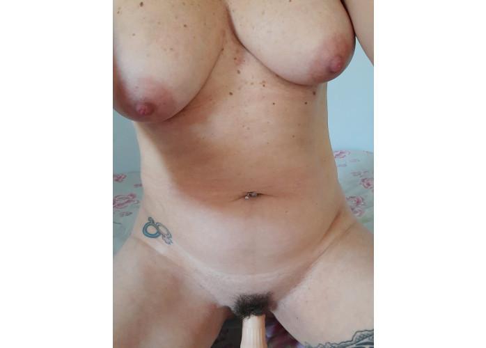 Gata safada, realizo fantasias, BDSM, Faço Massagem e adoro um bom Sexo! Vendo belos vídeos!