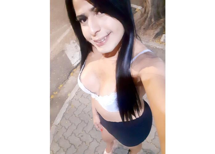 TRANS DOTADA FEMININA GOZO FARTO